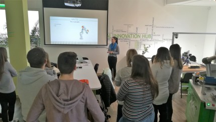 Local pupils attends am-LAB – 3D printing was the main topic